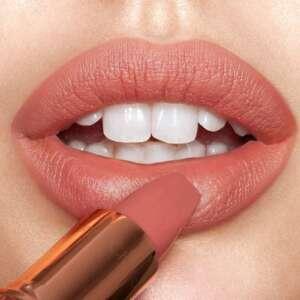 Charlotte Tilbury Super Lipstick Matte Revolution Super You