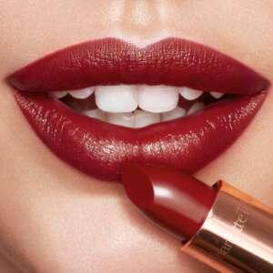 Charlotte Tilbury Super Lipsticks Kissing Super Starlet